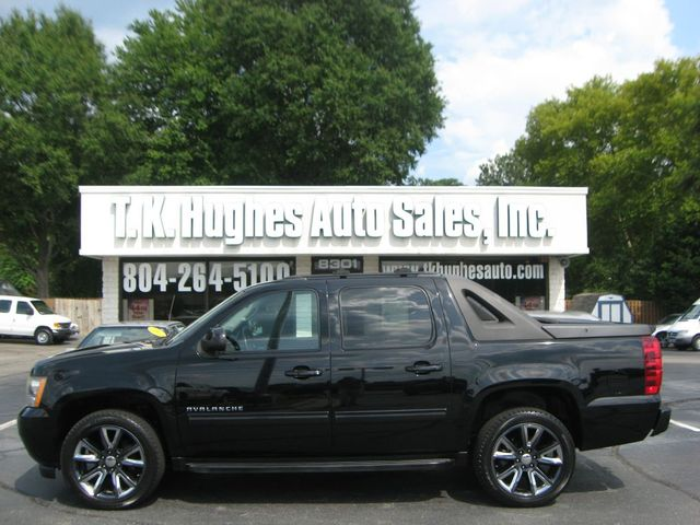 2011 Chevrolet Avalanche 4X4 LS