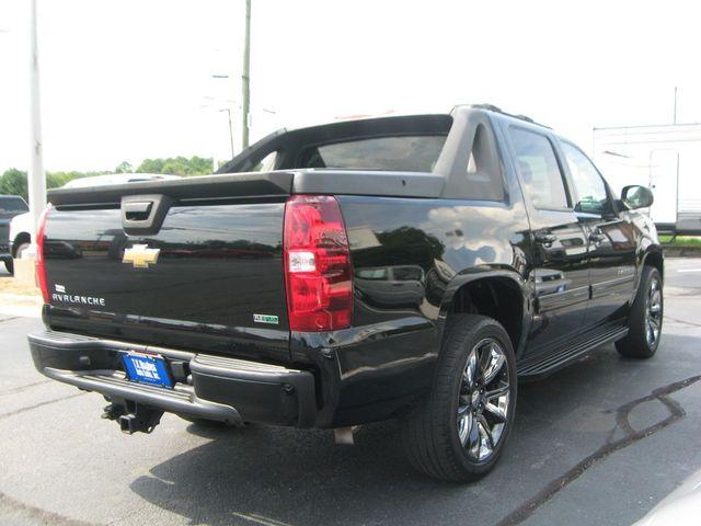 2011 Chevrolet Avalanche 4X4 LS in Richmond, VA, VA 23227