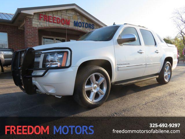 2011 Chevrolet Avalanche LTZ 4X4 | Abilene, Texas | Freedom Motors  in Abilene,Tx Texas