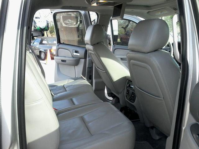 2011 Chevrolet Avalanche LT Z71 Boerne, Texas 11