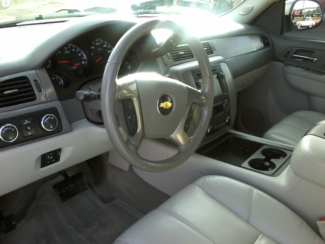 2011 Chevrolet Avalanche LT Z71 Boerne, Texas 13