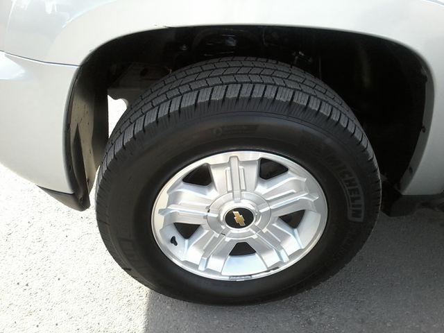2011 Chevrolet Avalanche LT Z71 Boerne, Texas 32