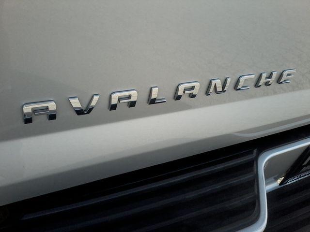 2011 Chevrolet Avalanche LT Z71 Boerne, Texas 7
