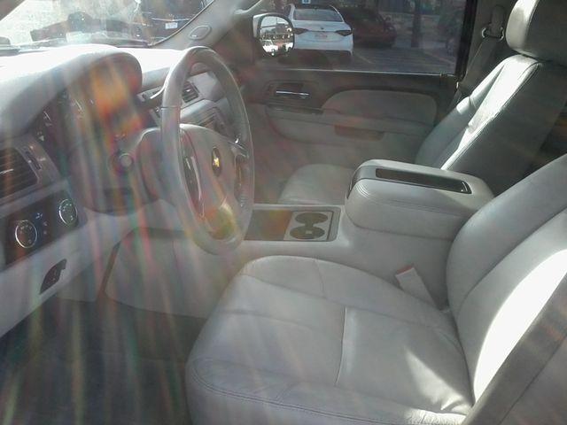 2011 Chevrolet Avalanche LT Z71 Boerne, Texas 14