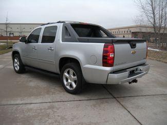 2011 Chevrolet Avalanche LTZ Chesterfield, Missouri 4