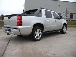 2011 Chevrolet Avalanche LTZ Chesterfield, Missouri 5