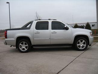 2011 Chevrolet Avalanche LTZ Chesterfield, Missouri 2