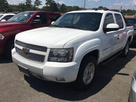 2011 Chevrolet Avalanche LT | Little Rock, AR | Great American Auto, LLC in Little Rock, AR