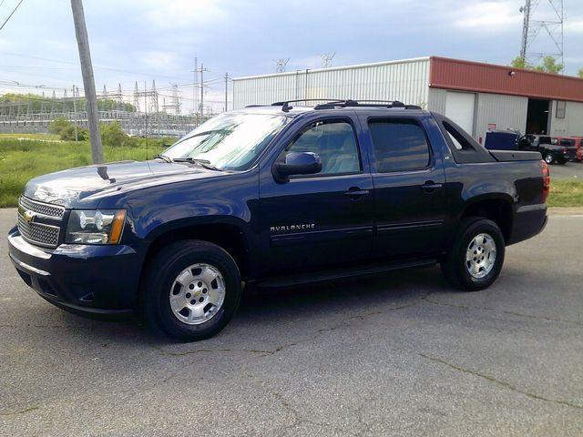 2011 Chevrolet Avalanche LT in Memphis, TN 38115