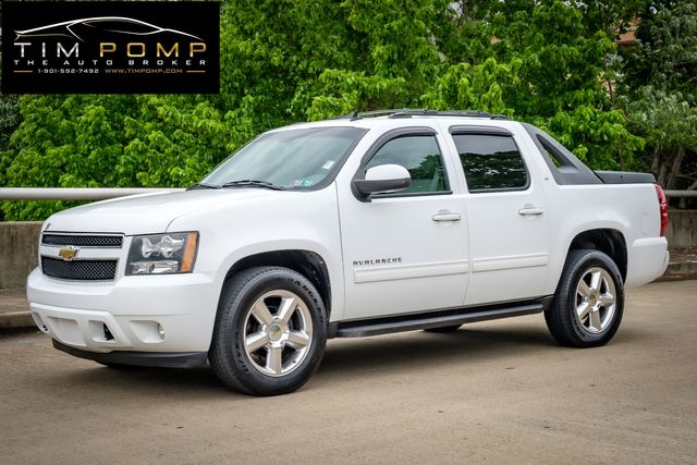 2011 Chevrolet Avalanche LT SUNROOF LEATHER SEATS