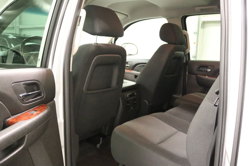 2011 Chevrolet Avalanche LS  city NC  The Group NC  in Mansfield, NC