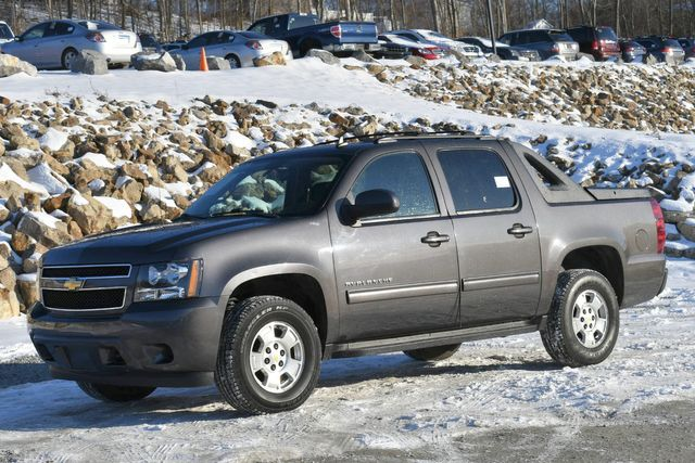 2011 Chevrolet Avalanche LS Naugatuck, Connecticut