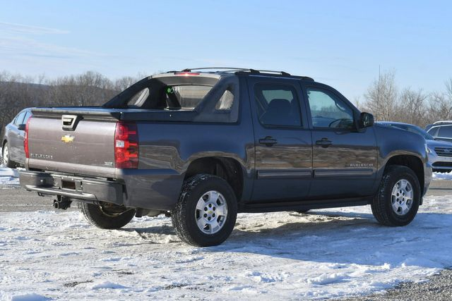 2011 Chevrolet Avalanche LS Naugatuck, Connecticut 4