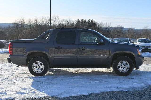 2011 Chevrolet Avalanche LS Naugatuck, Connecticut 5