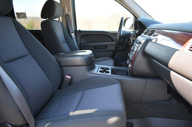 2011 Chevrolet Avalanche LS Naugatuck, Connecticut 9