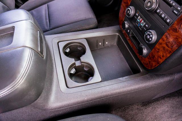 2011 Chevrolet Avalanche LS Reseda, CA 27