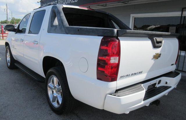 2011 Chevrolet Avalanche LT south houston, TX 2