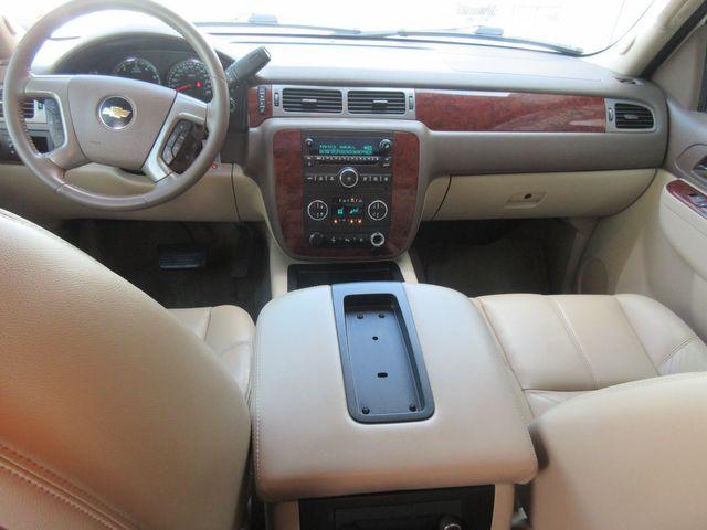 2011 Chevrolet Avalanche LT south houston, TX 7