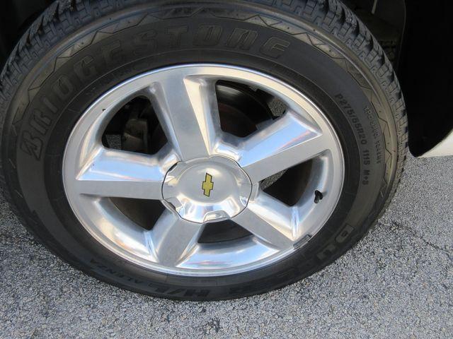2011 Chevrolet Avalanche LT south houston, TX 8