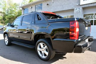 2011 Chevrolet Avalanche LT Waterbury, Connecticut 3