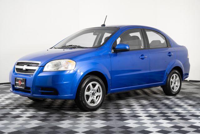 2011 Chevrolet Aveo LT w/1LT