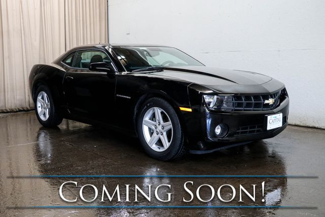 """2011 Chevrolet Camaro LT Coupe w/Power Moonroof, Bluetooth, Aux Audio, 18"""" Wheels & VERY Low Miles"""