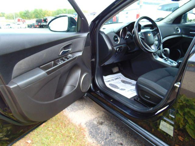 2011 Chevrolet Cruze LT Alexandria, Minnesota 11