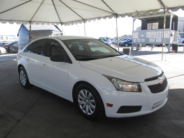 2011 Chevrolet Cruze LS Gardena, California 3