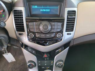 2011 Chevrolet Cruze LT w/2LT Gardena, California 6