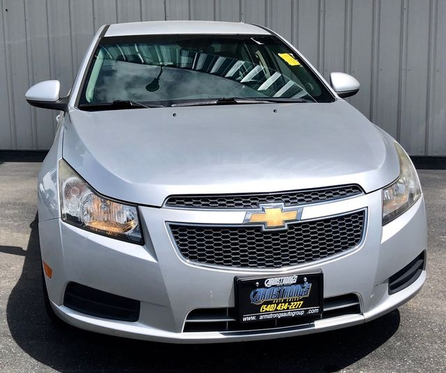 2011 Chevrolet Cruze LT FWD One Owner