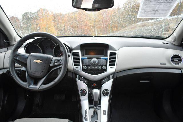 2011 Chevrolet Cruze LS Naugatuck, Connecticut 16