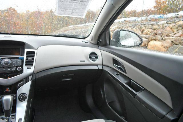 2011 Chevrolet Cruze LS Naugatuck, Connecticut 17
