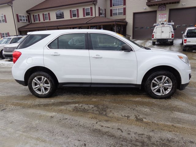 2011 Chevrolet Equinox LS Hoosick Falls, New York 1