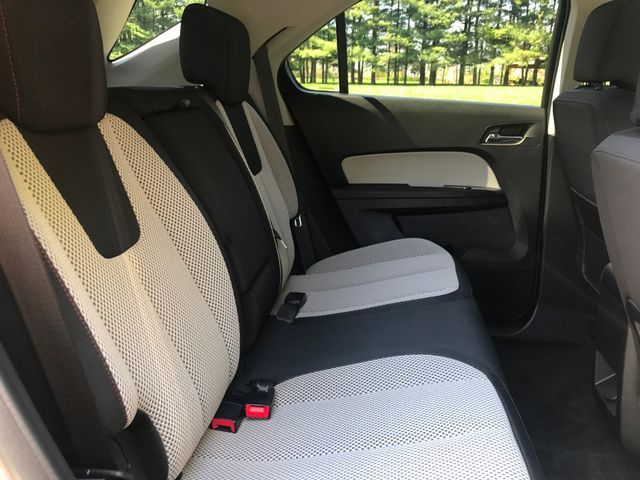 2011 Chevrolet Equinox LT w/1LT Sterling, Virginia 10