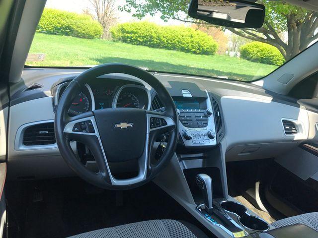 2011 Chevrolet Equinox LT w/1LT Sterling, Virginia 14