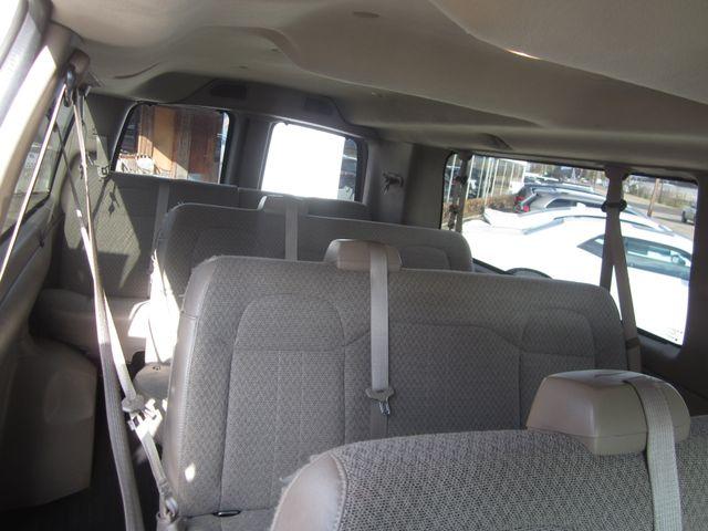 2011 Chevrolet Express 15 Passenger 1LT Houston, Mississippi 9