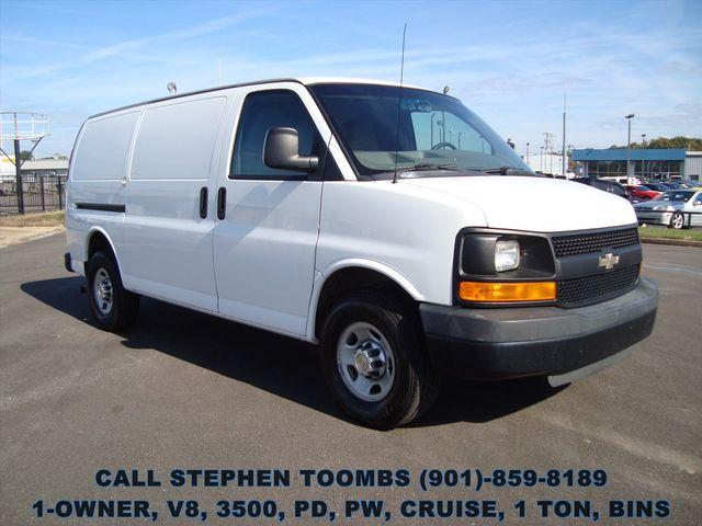 2011 Chevrolet Express Cargo Van 1-OWNER, V8, 1 TON, PD, PW, CRUISE, BINS