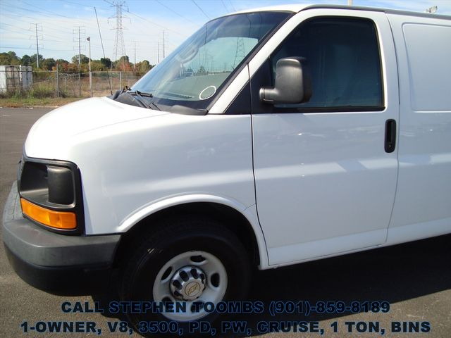 2011 Chevrolet Express Cargo Van 3500 1-OWNER, V8, 1 TON, PD, PW, CRUISE, BINS in Memphis Tennessee, 38115