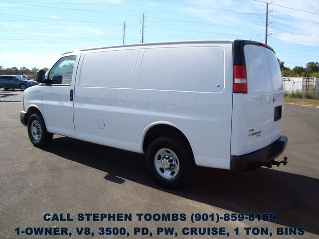 2011 Chevrolet Express Cargo Van 1-OWNER, V8, 1 TON, PD, PW, CRUISE, BINS in Memphis, Tennessee 38115