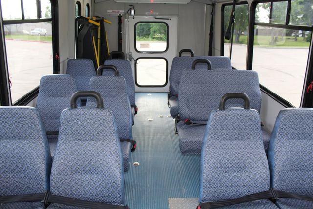 2011 Chevrolet Express G4500 13 Passenger   Champion Shuttle Bus W/ Wheelchair Lift Irving, Texas 19