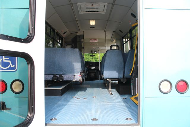 2011 Chevrolet Express G4500 13 Passenger   Champion Shuttle Bus W/ Wheelchair Lift Irving, Texas 23