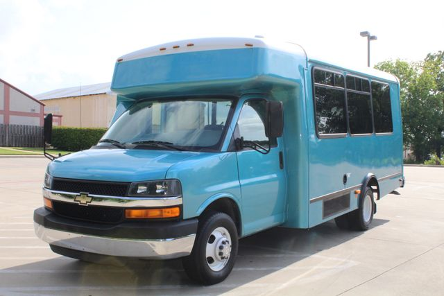 2011 Chevrolet Express G4500 13 Passenger   Champion Shuttle Bus W/ Wheelchair Lift Irving, Texas 6