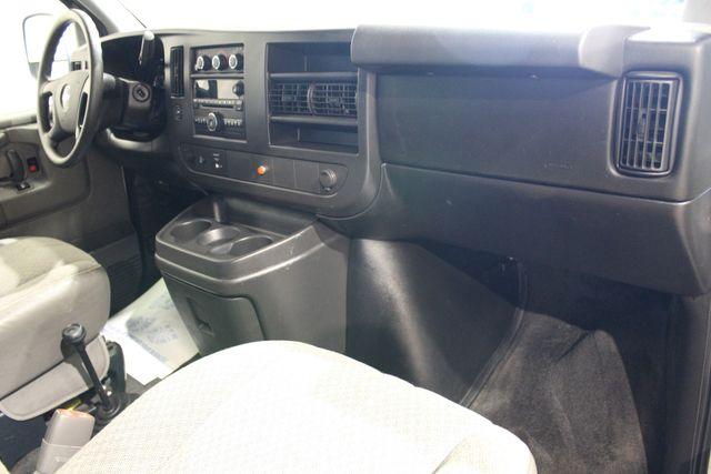 2011 Chevrolet Express Passenger 4x4 Conversion van 4x4 in Roscoe IL, 61073