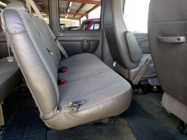 2011 Chevrolet Express Passenger 1LT Houston, Mississippi 10