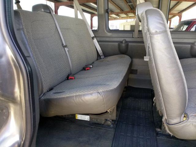 2011 Chevrolet Express Passenger 1LT Houston, Mississippi 9
