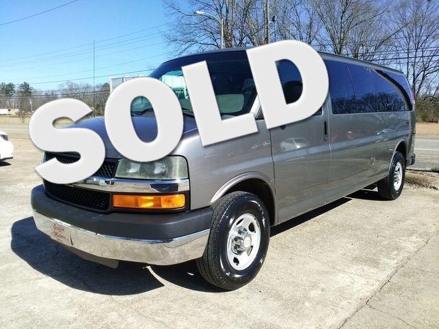 2011 Chevrolet Express Passenger 1LT Houston, Mississippi