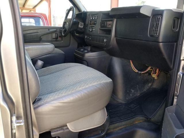 2011 Chevrolet Express Passenger 1LT Houston, Mississippi 8