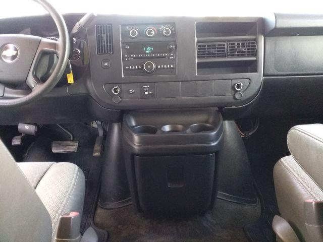 2011 Chevrolet Express Passenger 1LT Houston, Mississippi 13