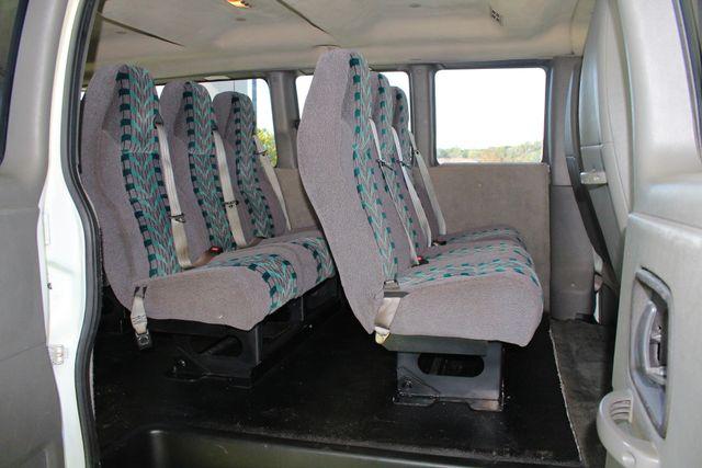 2011 Chevrolet Express Passenger 2LT Mooresville , NC 29