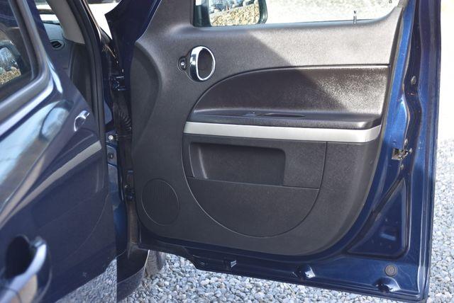 2011 Chevrolet HHR LS Naugatuck, Connecticut 4